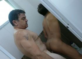 Bath Tub Fetish Fuck With Alex